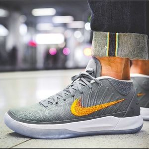 Nike Kobe A.D. Grey Snakeskin sneakers